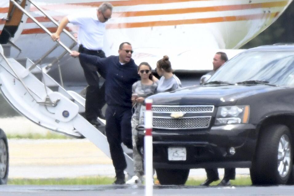 El miércoles, Alex Rodríguez, su hija mayor Natasha y Jennifer López tom...