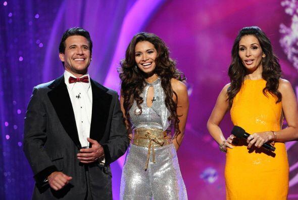 Las cinco finalistas estuvieron muy bien acompañadas en su &uacut...