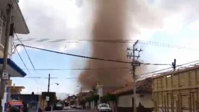 Un tornado sorprendió en el estado de Michoacán