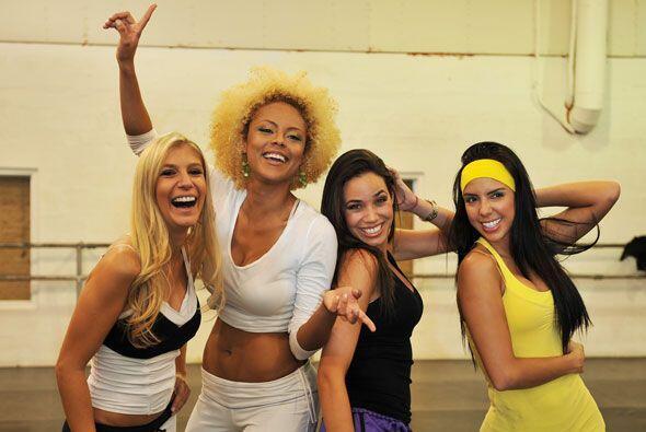Priscila, Wendy, Thebis y Bárbara ya se saben las coreografías.