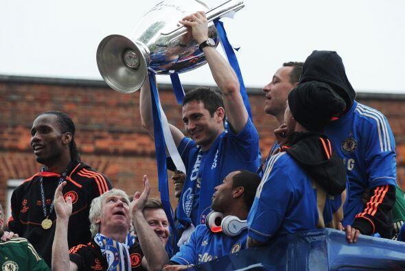 Lampard lucía emocionado, un hombre que desde que dejó al West Ham se ha...
