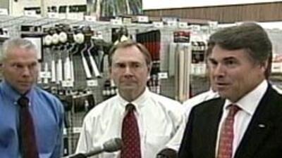 El gobernador de Texas, Rick Perry, rechazo 555 millones de dolares del...