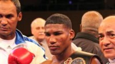 Yuriokis Gamboa defenderá ante Daniel Ponce De León.