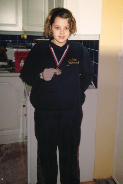 Katie también disfrutaba nadar y hasta ganó varias medallas.