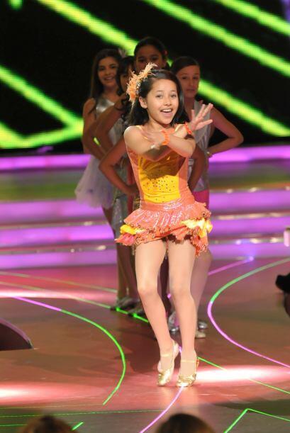 Melissa fue la primera en mostrarnos qué tan buena es para el baile.