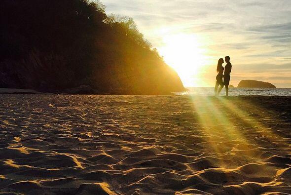 """¡Qué escenas tan románticas tuvimos el gusto de ver en """"Hasta el Fin del..."""