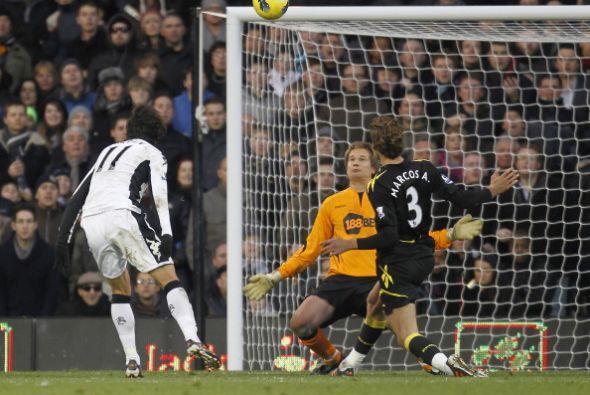 Bryan Ruiz tuvo una destacada actuación. Anotó el segundo del Fulham y f...