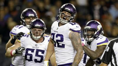 Vikings se imponen en Chicago en el debut de Trubisky