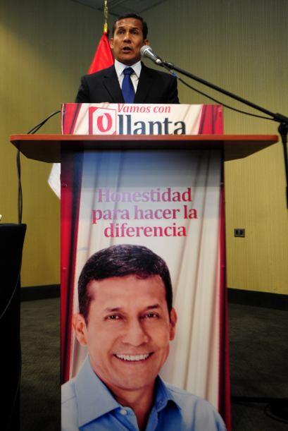 Vargas Llosa perdió en 1990 las elecciones frente a Alberto Fujimori y d...