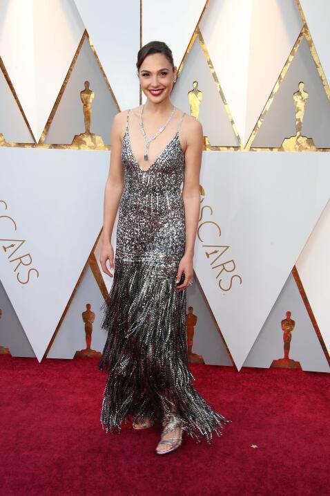 La 'mujer maravilla', Gal Gadot, se destacó entre las mejor vest...