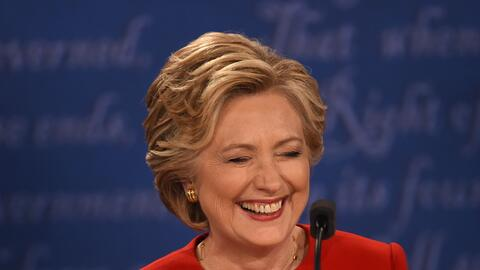 Hillary Clinton riendo