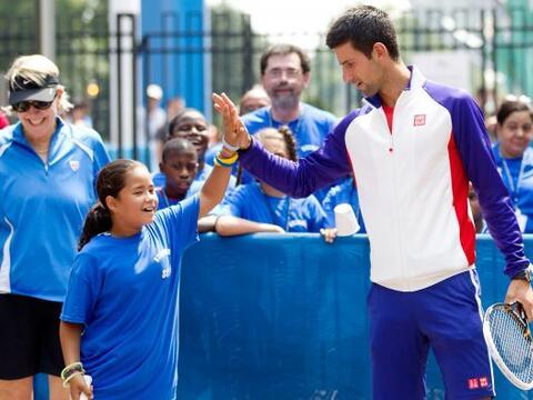 El tenista serbio número uno del mundo, Novak Djokovic, cumple 26...