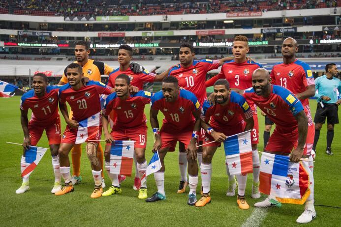 México paró de sufrir en Concacaf con estas 13 alineaciones 20170901_33.jpg