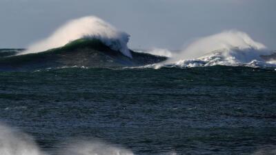 La ola llegó a elevarse a casi 20 metros, lo que la convierte en una de...