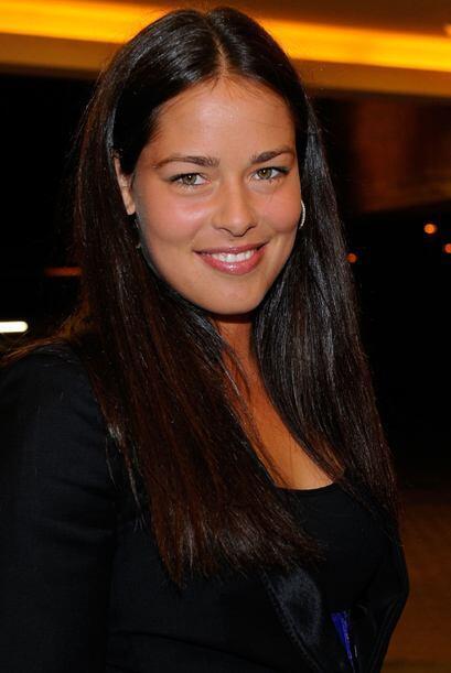 Ana Ivanovic llegó radiante a la reunión y obviamente atra...