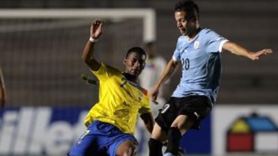 Uruguay rescató un empate por 2-2 ante Ecuador, por la tercera fecha del...