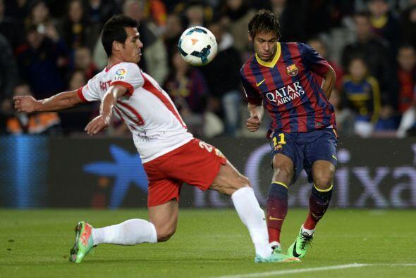 Por su parte, el Barcelona necesitaba vencer al Almería para acercarse a...