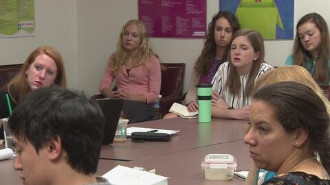 Estudian el impacto que tienen las deportaciones en menores de edad