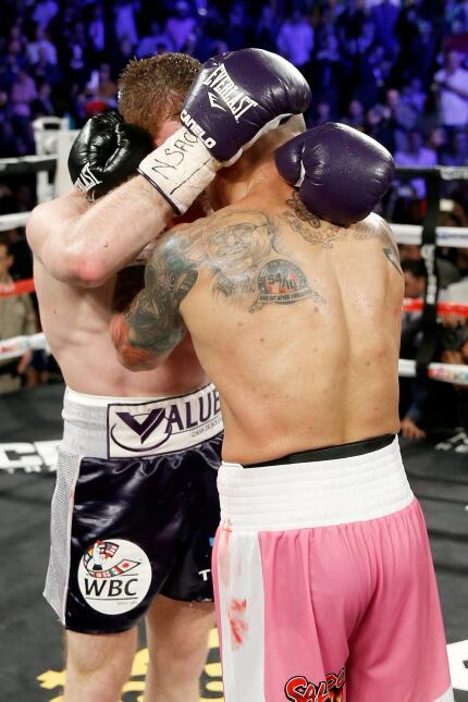 "Miguel Cotto vs Saúl ""Canelo"" Álvarez"