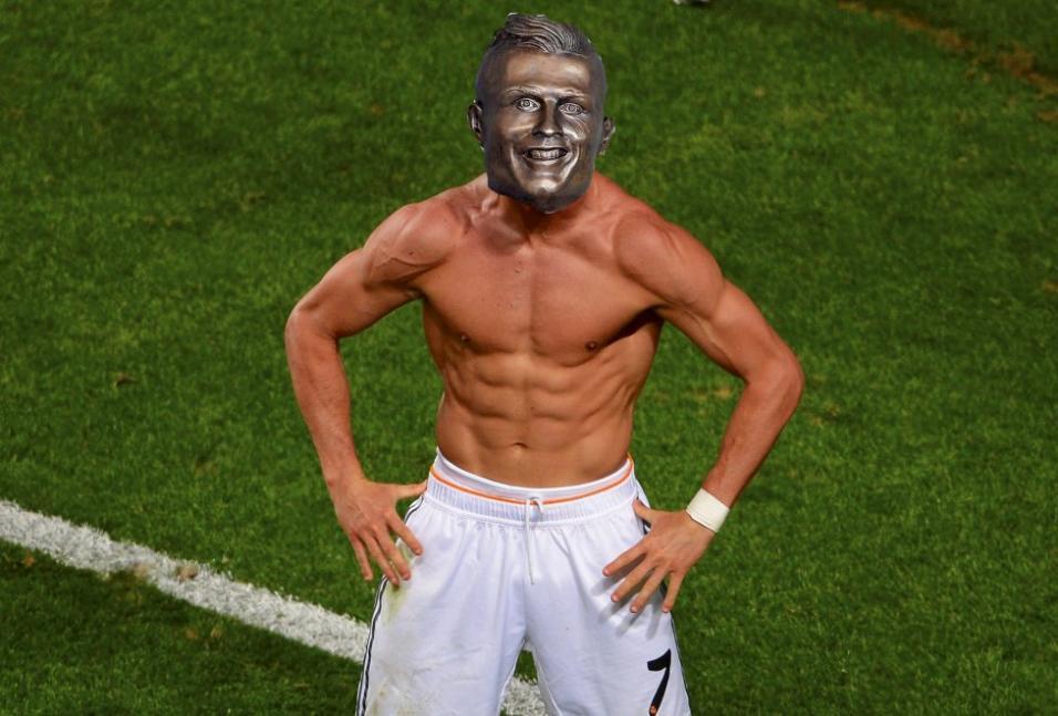 El nuevo busto de Cristiano no se salvó de los divertidos memes 75-5.jpeg