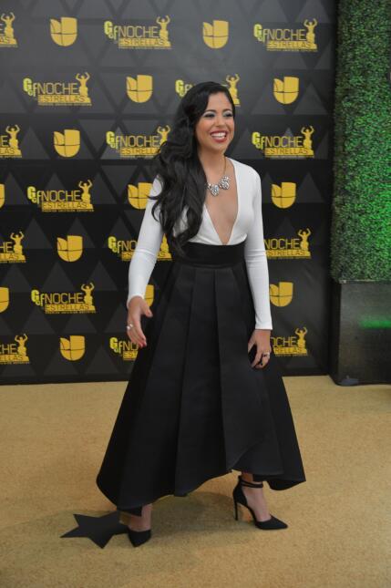 La presentadora Natalíz Jimenez lista para la gran fiesta de Premios Uni...