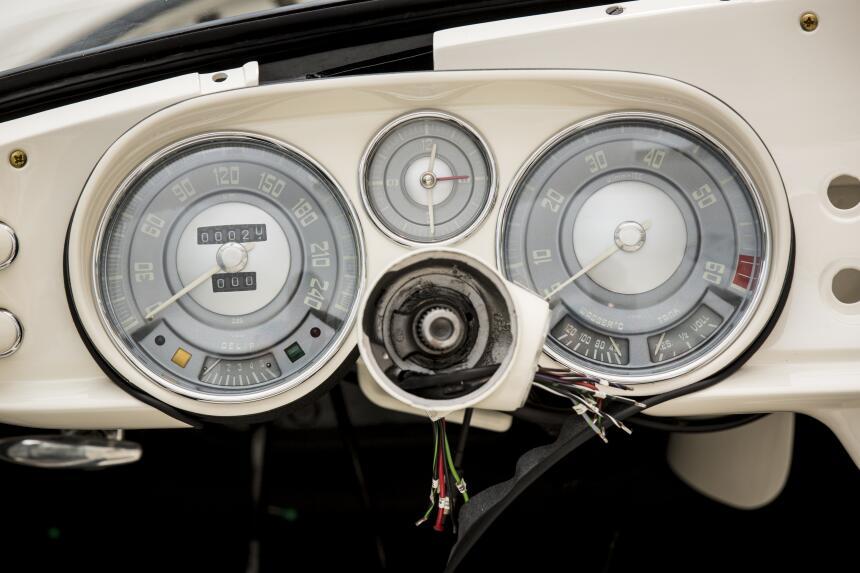 La restauración del BMW 507 1957 de Elvis P90229701_highRes_elvis-bmw-50...