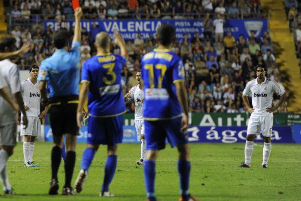 Pero en contra del Real Madrid, pues Khedira vio doble amonestación y se...