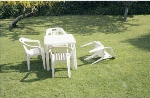 Algunos usuarios de redes sociales han reportado muebles caídos. Foto to...
