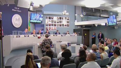 Comisión de Miami Beach vota a favor de limitar el número de chóferes de Uber y Lyft en la ciudad