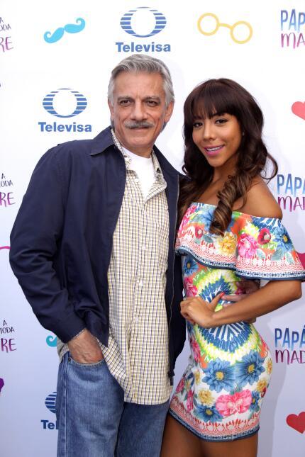 Maite Perroni y Sebastián Rulli presentan oficialmente 'Papá a toda...