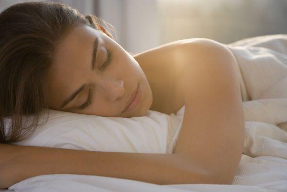 Sueño: Además de que entre más duermas, mejor aspecto tendrás, el sueño...
