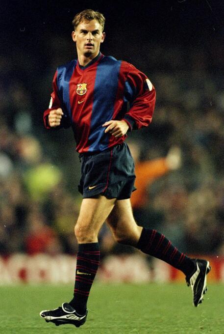 Ronald de Boer se estrenó con el Barcelona en un juego de Copa del Rey e...