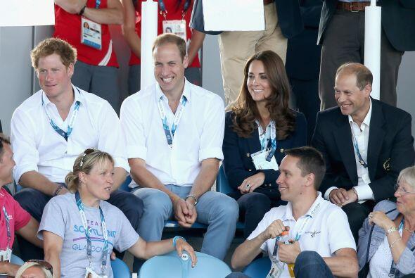 Más imágenes de los Duques en su visita a Escocia.