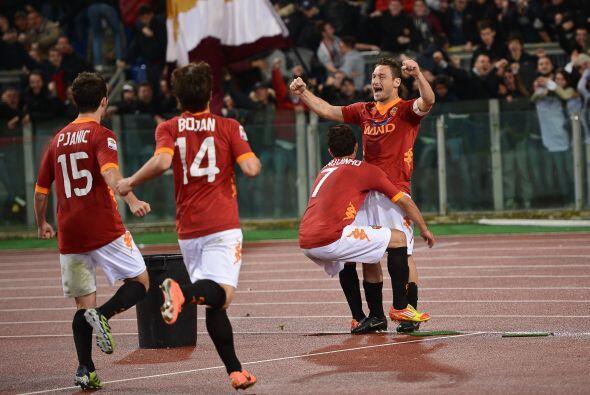 Y cuando el juego parecía terminar en empate, el capitán Francesco Totti...