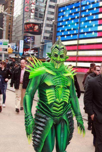 La coalición de Times Square está pidiendo ayuda para que...