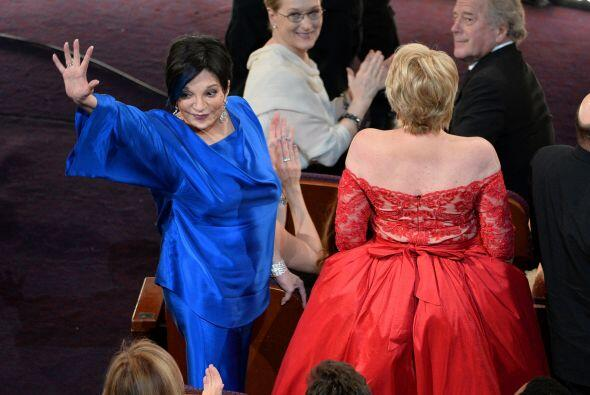¡Hola Liza!, ahí va la señora Minnelli, un poco maltrecha, pero de pié....