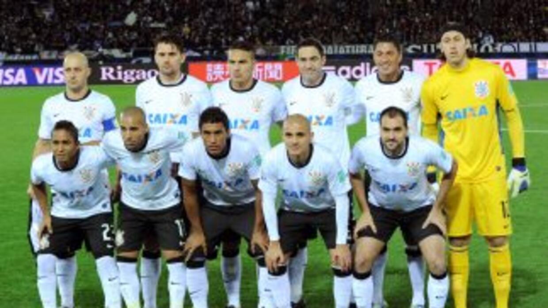Corinthians, el campeòn 2012 de la Copa Libertadores vuelve al torneo re...