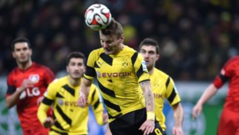 Bayern Leverkusen y Dortmund empataron sin goles
