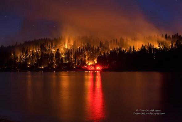 Miles acres destruidos, poca calidad del aire, evacuaciones son el resul...
