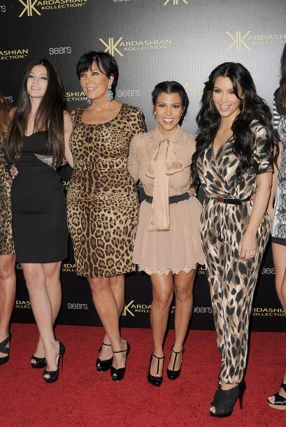 Casi siempre intenta combinar con Kim. Mira aquí los videos más chismosos.