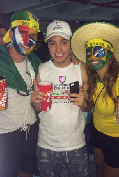 También la afición brasileña gritó y apoyó a estas grandes escuadras que...