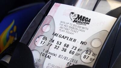 Mega Millions tiene ya una bolsa de 654 millones y va camino de convertirse en la mayor de la historia