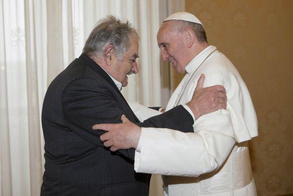 El 1 de junio recibió al presidente uruguayo, José Mújica, al que califi...