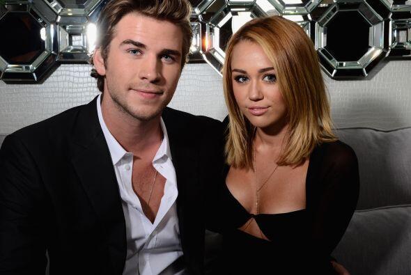 Miley Cyrus y Liam Hemsworth, en tiempos mejores. Mira aquí lo último en...