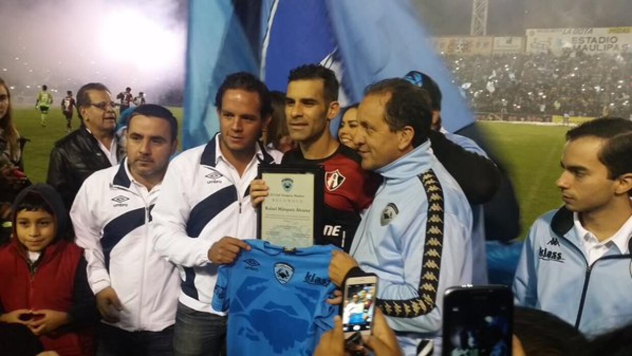 Rafael Márquez recibe homenaje de Tampico Madero.