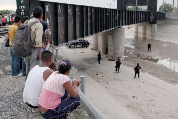 Lo cierto es que ciudades solo separadas por un puente, reflejan dos rea...