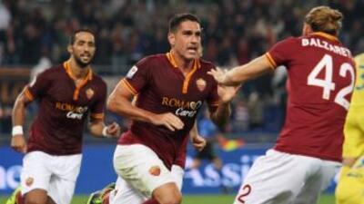 Borriello hizo el único gol, suficiente para que los romanos vencieran a...