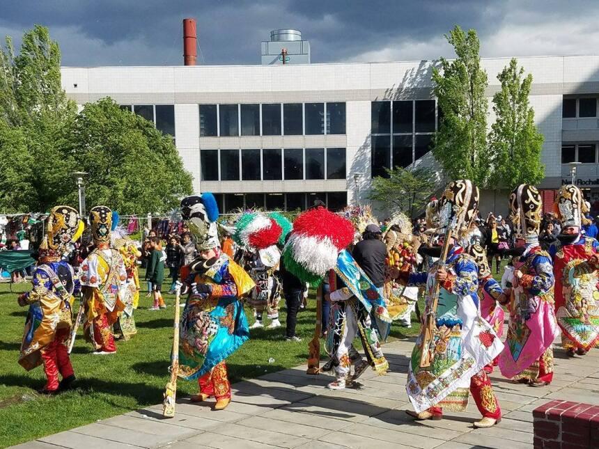 La danza fue el ingrediente extra en la Feria de los Moles.