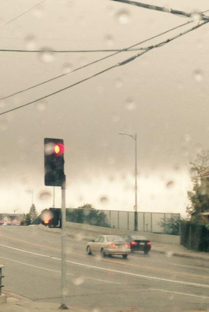 Las intensas lluvias en el sur de California han obligado evacuaciones,...