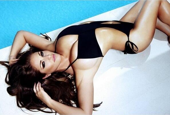 Lucy Pinder es una de las modelos inglesas más cotizadas por las revista...
